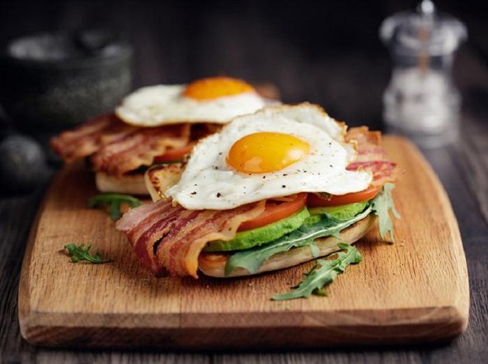 Выспаться и позавтракать. Что нужно сделать до 8 утра, чтобы чувствовать себя хорошо
