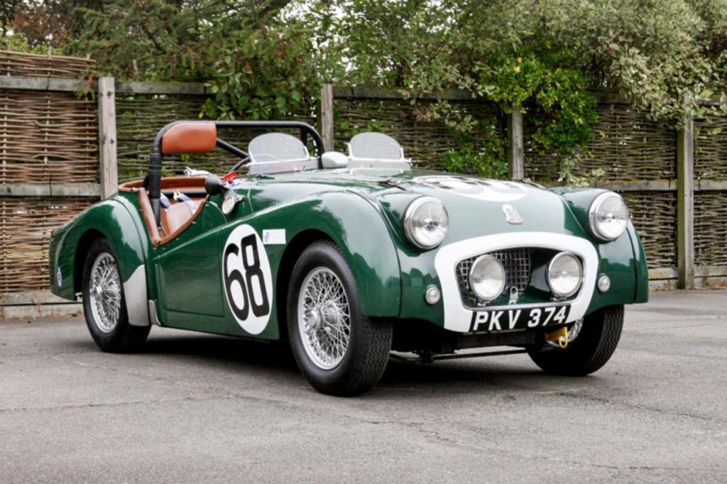 Легендарный гоночный  Триумф TR2 : автомобиль выставлен на аукцион впервые за 47 лет. Ожидается, что машина принесет 100 140 000 £
