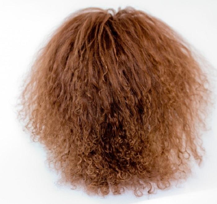 Уксус поможет выпрямить волосы, а детский шампунь   аналог средства для снятия макияжа. Домашние средства, которые можно использовать не по назначению