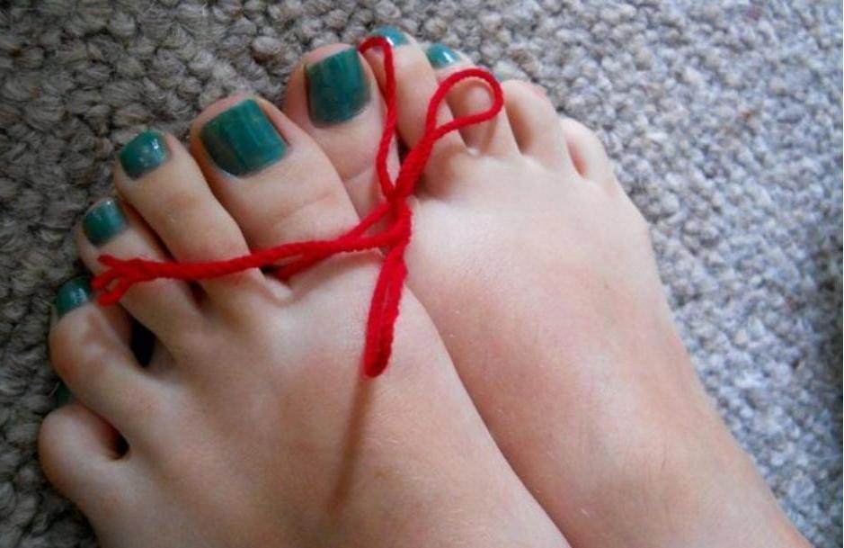 Почему в Индии свекровь всегда смотрит на ногу своей будущей невестке? Все дело в пальце