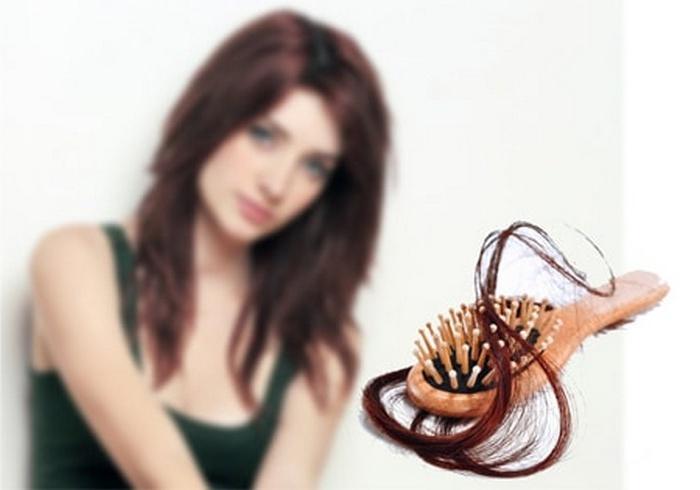 Парикмахер рассказала, как предотвратить выпадение волос при помощи соды. Теперь я пользуюсь ее советом и довольна результатом