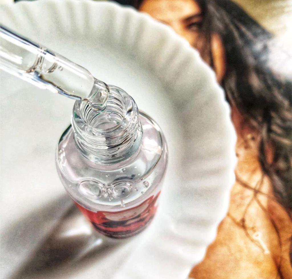 Волшебное зелье: действительно ли гиалуроновая кислота стоит такой шумихи