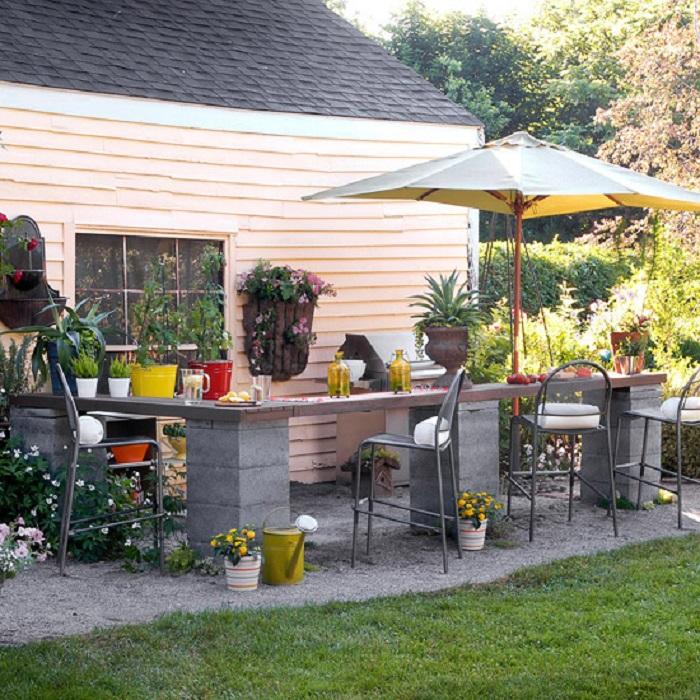 Муж построил дачу и остался шлакоблок, которому мы нашли применение дома
