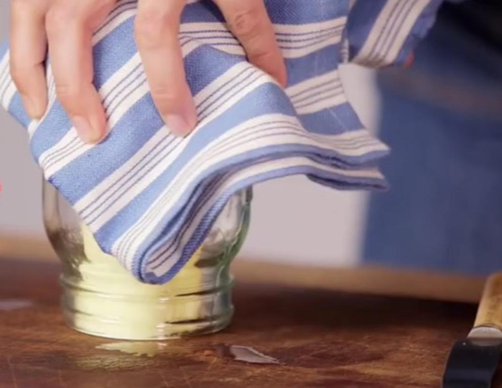 Как быстро размягчить замороженное масло: подруга подсказала простой трюк