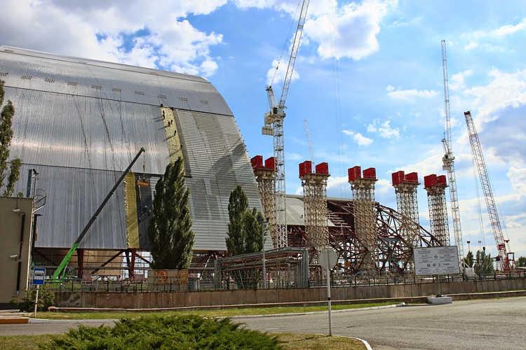Все ради развития туризма: Украина открыла пункт управления радиоактивным чернобыльским реактором