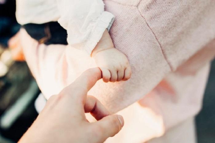 Невестка попросила свекровь посидеть с дочкой. Но, по ее мнению, мать мужа очень плохо выполнила свои обязанности