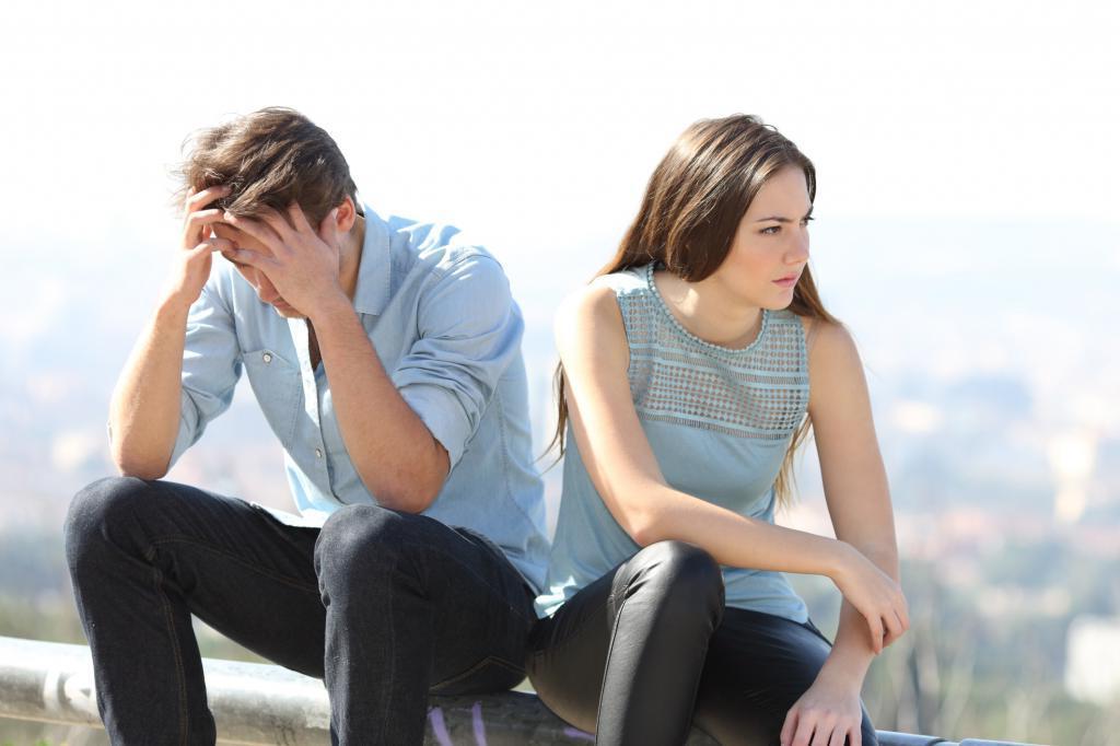 Какие отношения не имеют шансов на продолжение: пары, не говорящие о деньгах, и не только