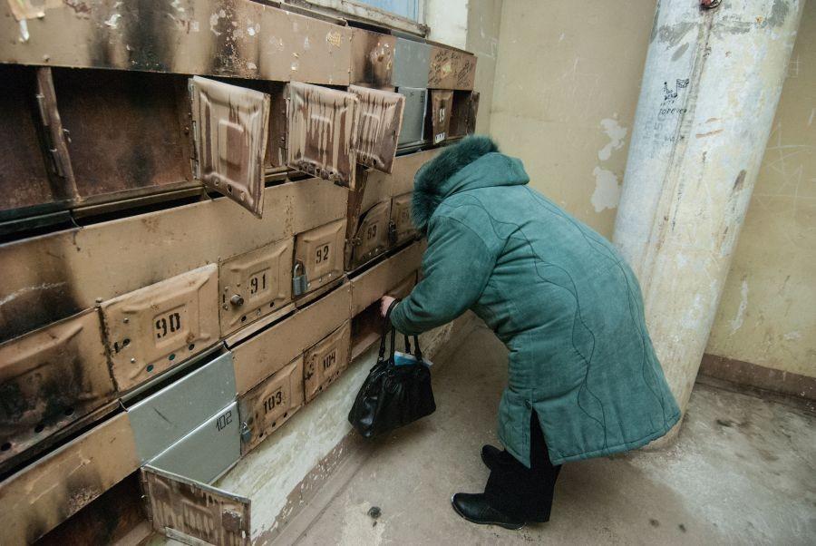 Кошмары русских подъездов: друг иностранец, проживший в России несколько лет, удивился, как мы можем жить в таких грязных домах