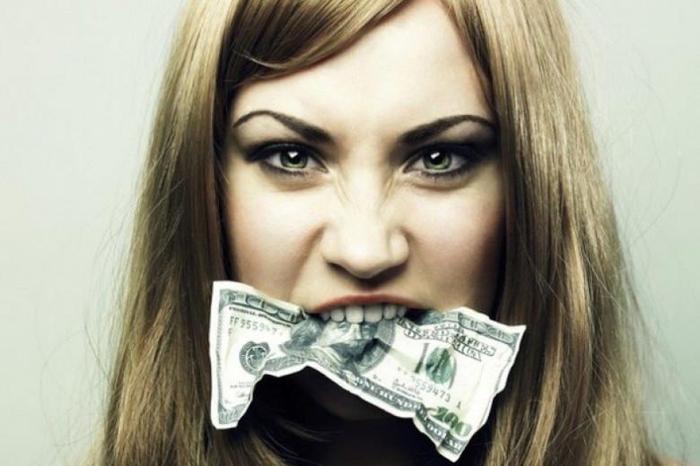 Бедность – не порок, от нее можно избавиться. Хуже эмоциональная нищета: 8 признаков меркантильной женщины, которая никогда не будет богатой