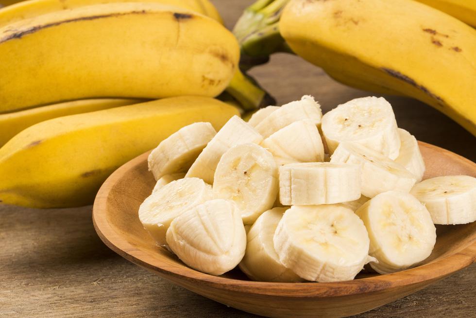 Перед вечеринкой я обязательно съедаю банан и еще несколько продуктов, чтобы избежать негативного воздействия алкоголя