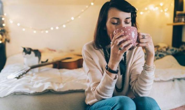 Диффузор эфирного масла, ловец снов и еще 3 недорогих элемента декора, которые даже комнату в студенческом общежитии наполнят уютом