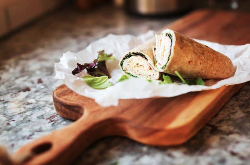 Попкорн, картофель фри по-домашнему и другие здоровые перекусы, которые можно приготовить дома