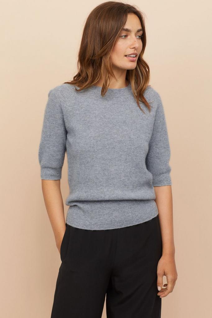 Милые осенние свитера, в которых будет уютно весь сезон