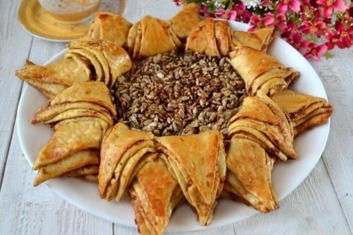 Необычные варианты популярного пирога, который может удивить даже самых привередливых гостей. Бабушка поделилась собственным рецептом «Подсолнуха»