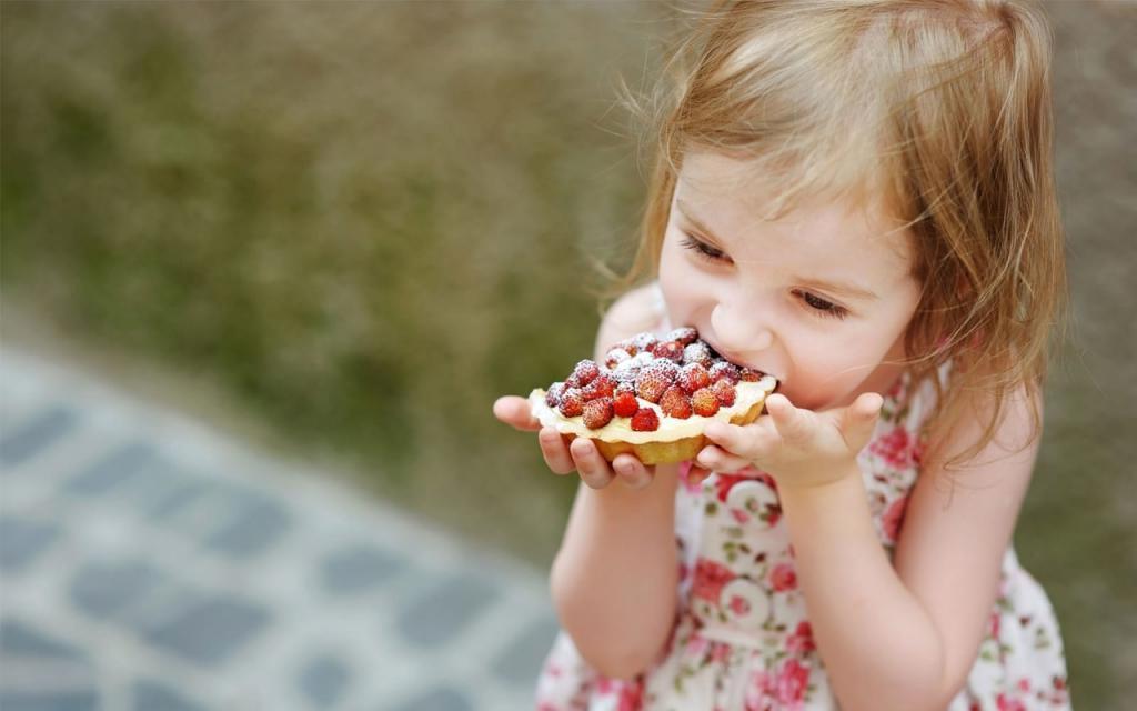 Минимум продуктов и максимум пользы. Я готовлю ребенку только полезные сладости. Простые рецепты домашних десертов