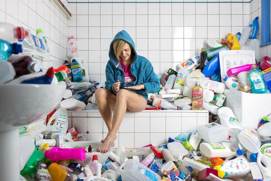 Пища для размышлений: фотограф наглядно показал, сколько мусора мы оставляем за собой в течение четырех лет