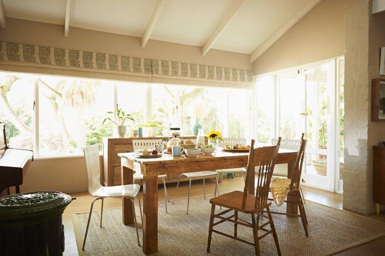Дизайнер интерьера Линн Форд рассказала, как обновить жилое пространство, не тратя деньги