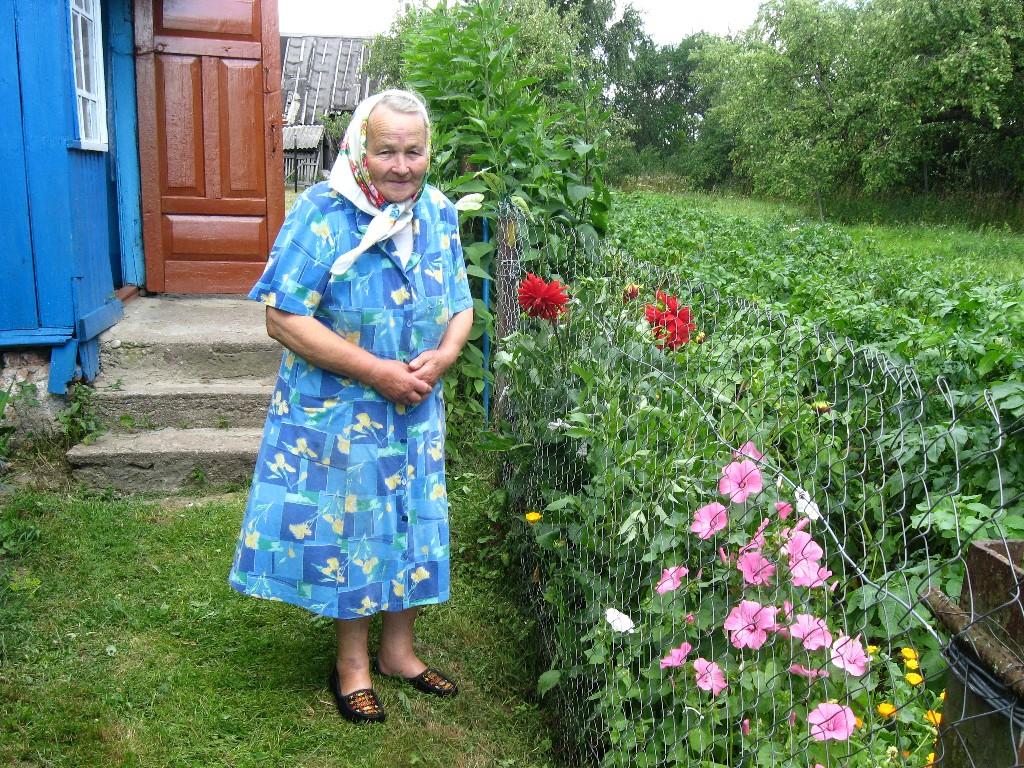 Старушке исполнилось 70 лет, но дети ее даже не навестили. На старости лет бабушка оказалась брошенной и одинокой