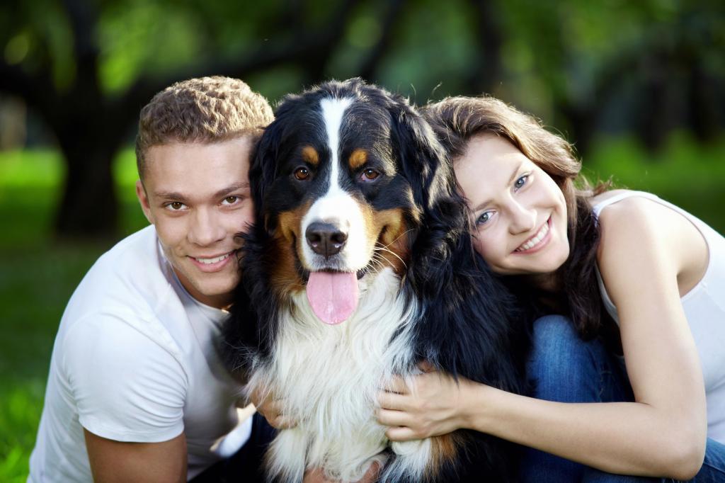 Мужчина с собачкой: по статистике, парни, являющиеся хозяевами псов, привлекательнее для женщин