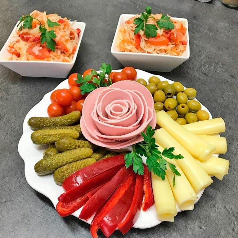 Подача блюд на праздничный стол фото