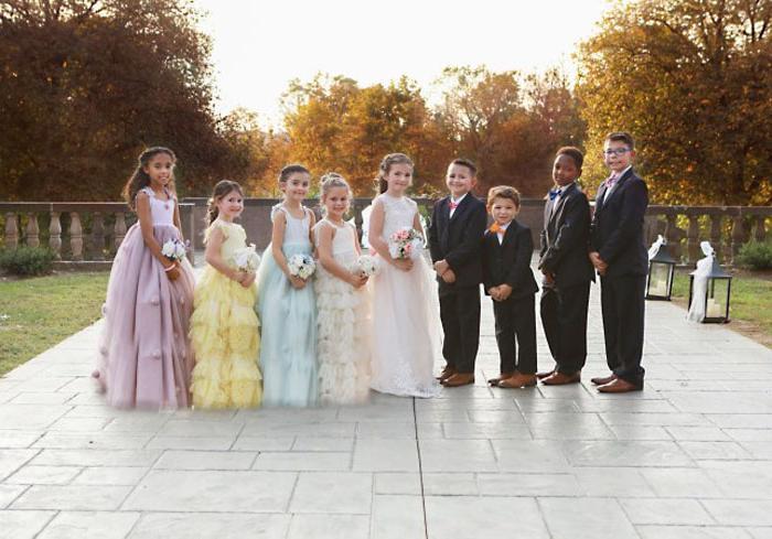 Вместе навсегда: маленькие друзья решили закрепить отношения «свадебной» фотосессией