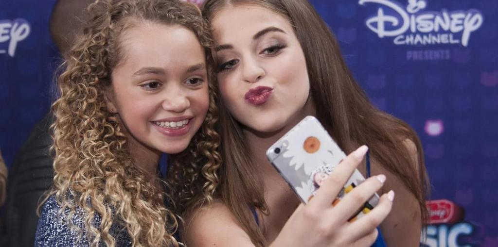 Проверить настройки конфиденциальности: как родители должны обезопасить подростков в социальных сетях
