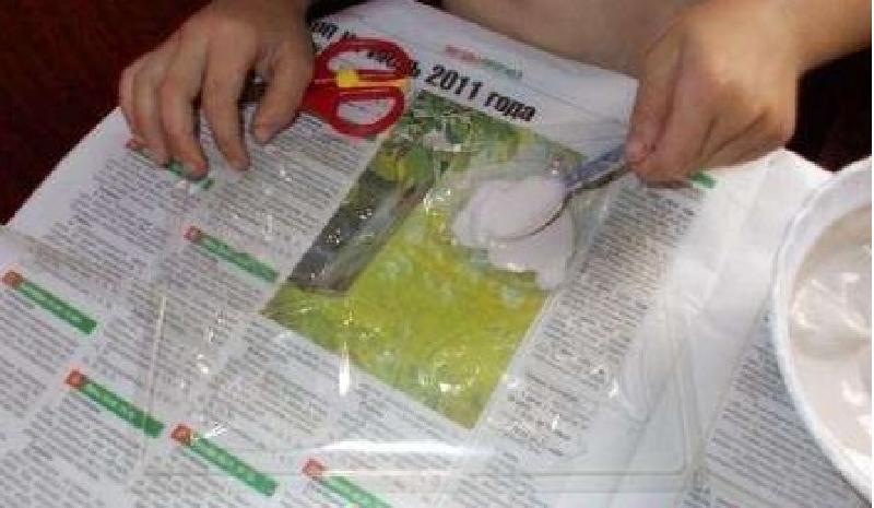 Дети любят украшать холодильник магнитиками, сделанными своими руками