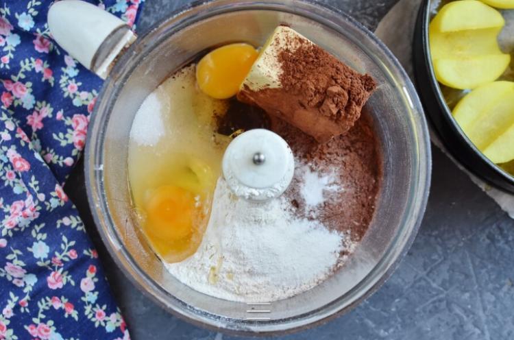 Любимое блюдо моей подруги: шоколадный пудинг с грушами. Простой рецепт, вкусное блюдо