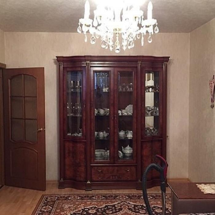 С советских времен в гостиной никто не делал ремонт. В прошлом году мы решили все изменить: результат меня порадовал
