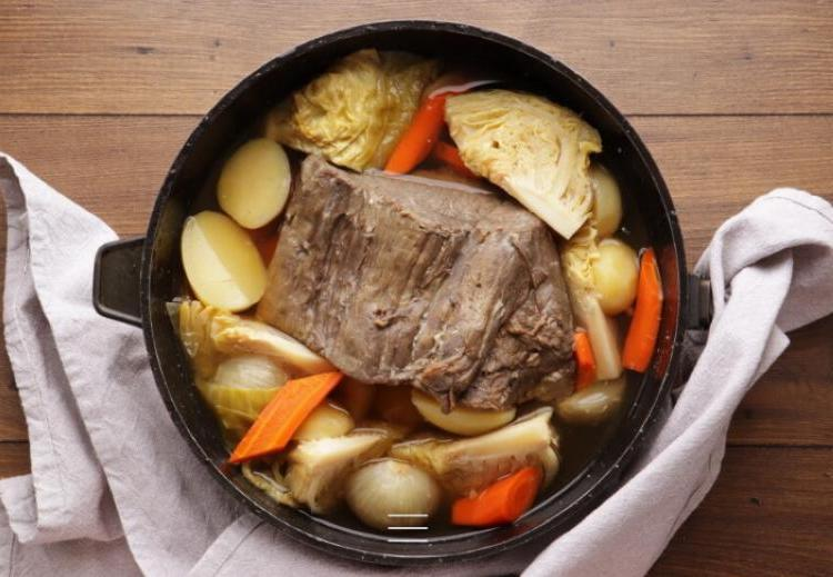 Вкуснейшее блюдо ирландской кухни: запеченная говядина с овощами. Королевский рецепт моей подруги