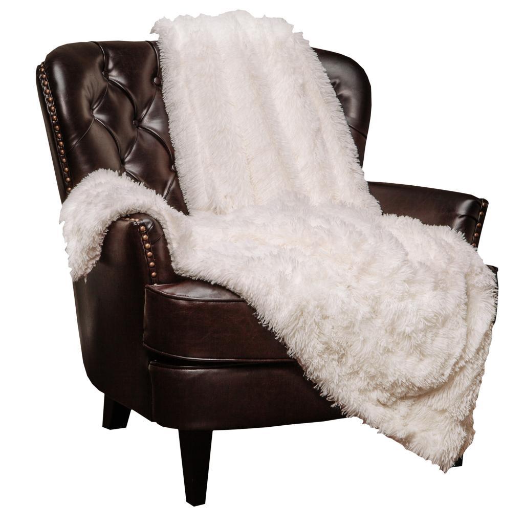 Если диван стал неудобным, то не спешите его выбрасывать. Можно самостоятельно исправить ситуацию: заменить подушки, положить уютное и мягкое покрывало