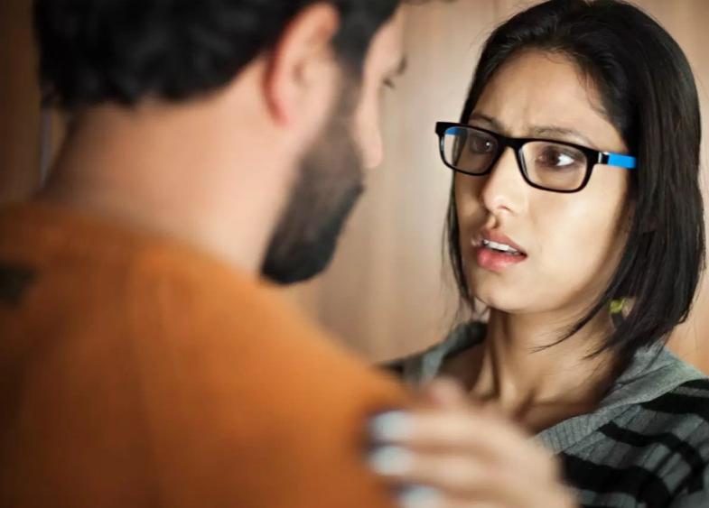 Почему все мои отношения неудачные? Как я наладила жизнь, избавившись от единственной привычки