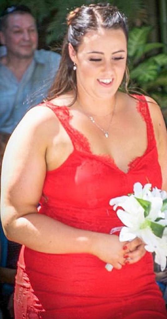 Когда из за постоянных вечеринок ее вес достиг 100 кг, Тесс Терпстра решила — хватит