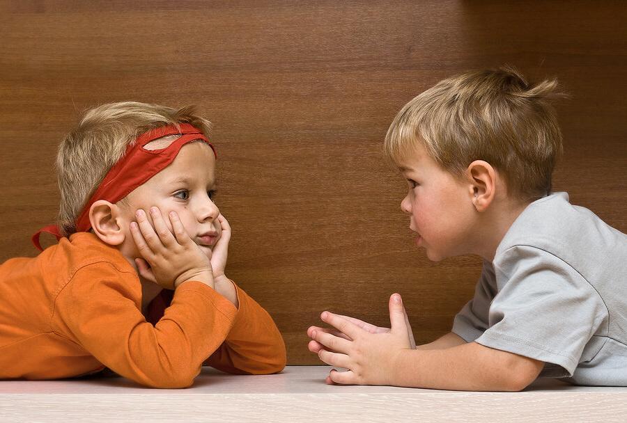 Картинки для детей дети разговаривают