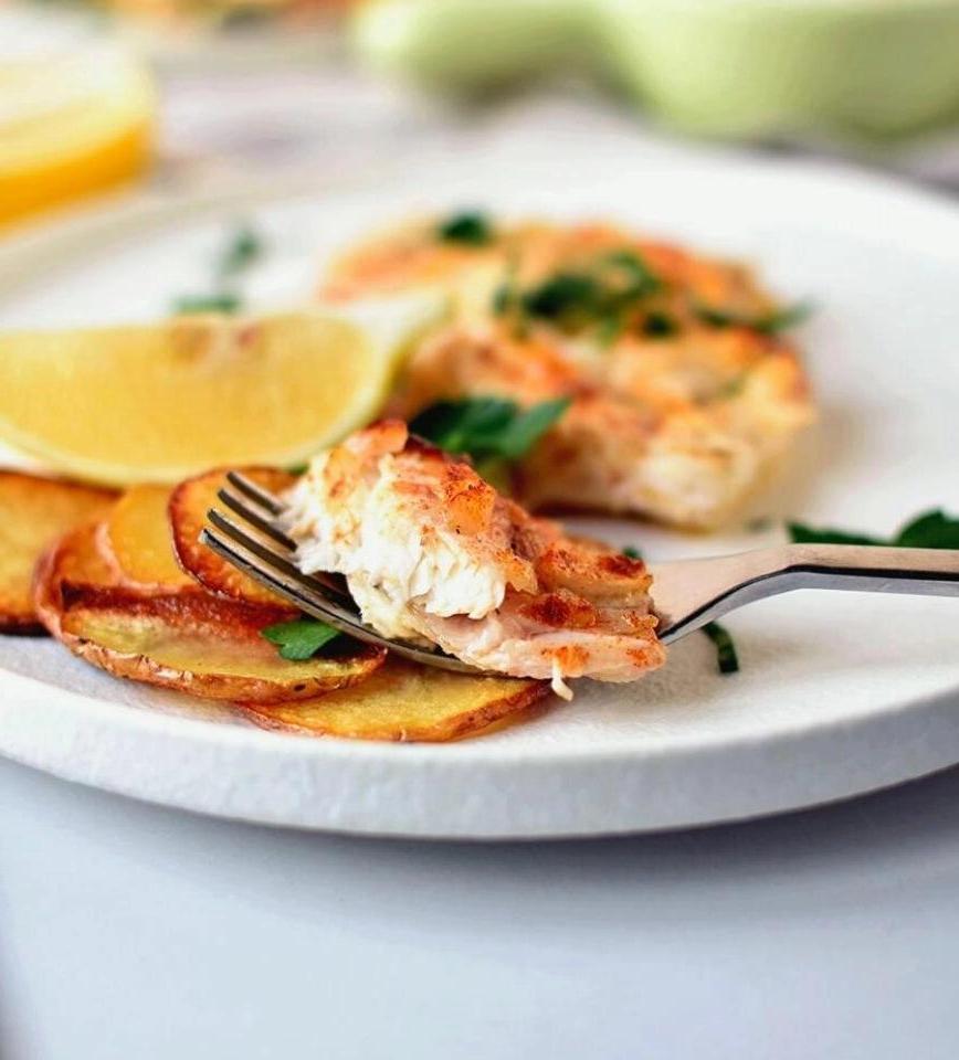 Рецепт приготовления запеченной камбалы с лимоном и маслом. Идеальное блюдо для званого ужина