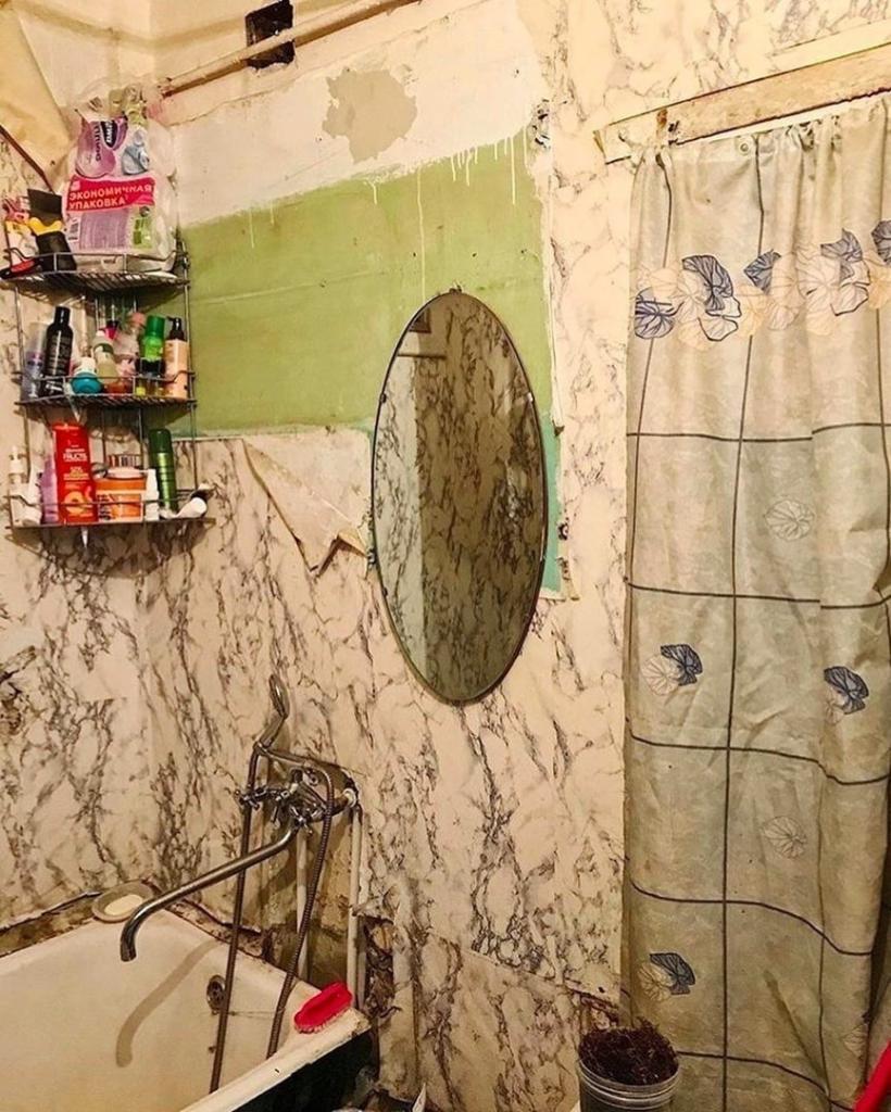 Из грязи   в князи: старая ванная засияла новыми красками после ремонта. Белый интерьер придал ей дороговизну
