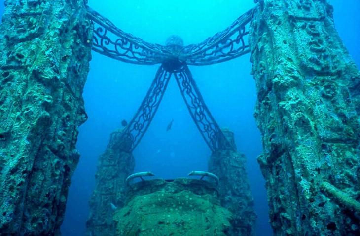 7 чудесных подводных развалин со своей уникальной историей: как они выглядят в наше время