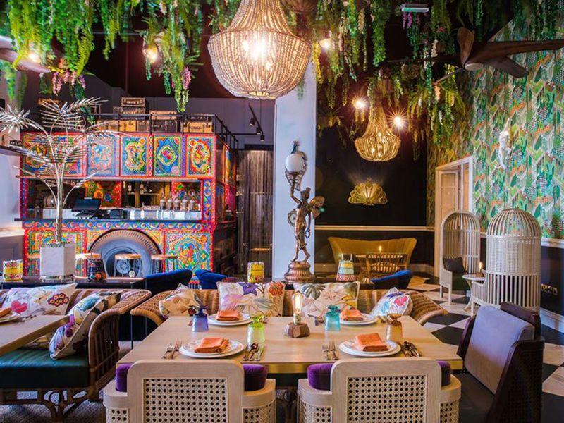 В Дубае рестораны соревнуются в меню и декоре. Посещение некоторых   это уже целая экскурсия