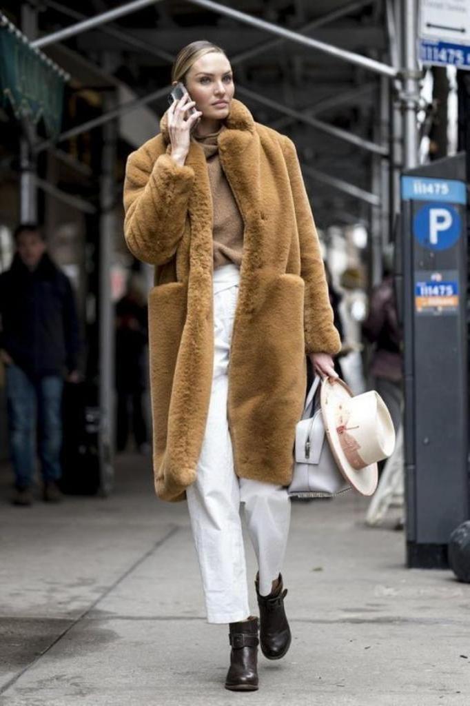 Хотела купить джинсы скинни, но подруга меня остановила: оказывается, это не модно. «Бананы», «варенки» и другие тренды грядущей зимы