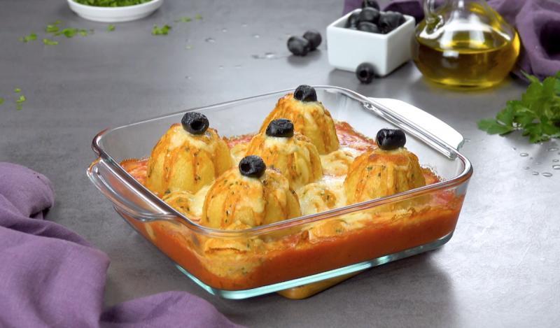 Не только красиво, но и очень вкусно: картофельные цветы, фаршированные куриной грудкой, в моей семье просто обожают