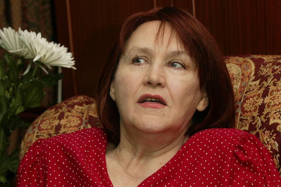 О разводе с Тихоновым она жалела всю жизнь: 25 ноября 1925 г. родилась Мордюкова