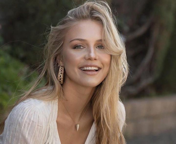 Белокурый ангел: младшая дочь Дольфа Лундгрена очаровывает своей натуральной красотой