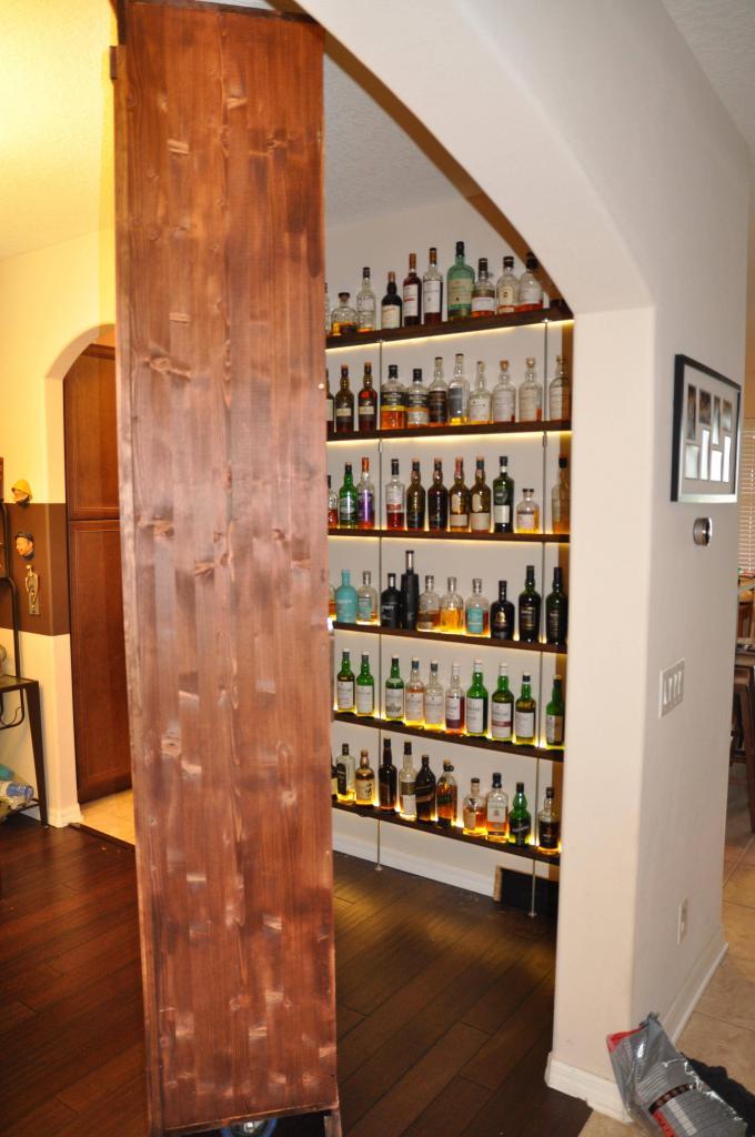 Сосед показал, как он сделал  секретное  место для хранения алкоголя: теперь хочу сделать себе такое же
