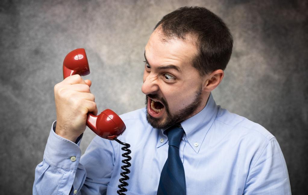 Главное   не злиться и не бросать трубку в середине разговора: 6 способов, которые помогут избавиться от холодных звонков