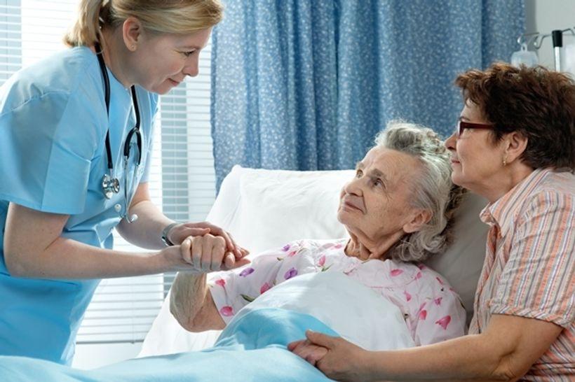 Давать взятки врачам нет смысла : я отработала 10 лет медсестрой, но уволилась и теперь могу рассказать все секреты, о которых раньше приходилось молчать