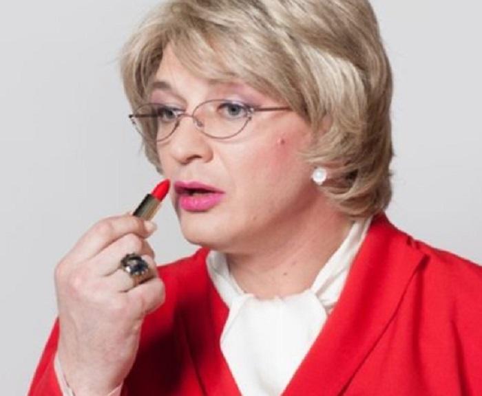 Олег Табаков и другие мужчины, которые примерили на себя женские образы