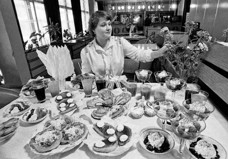 Три «культовых» салата времен СССР: дешево и вкусно