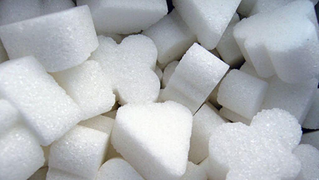 Просыпать сахар   это к счастью: бабушка рассказала о «сладких» приметах