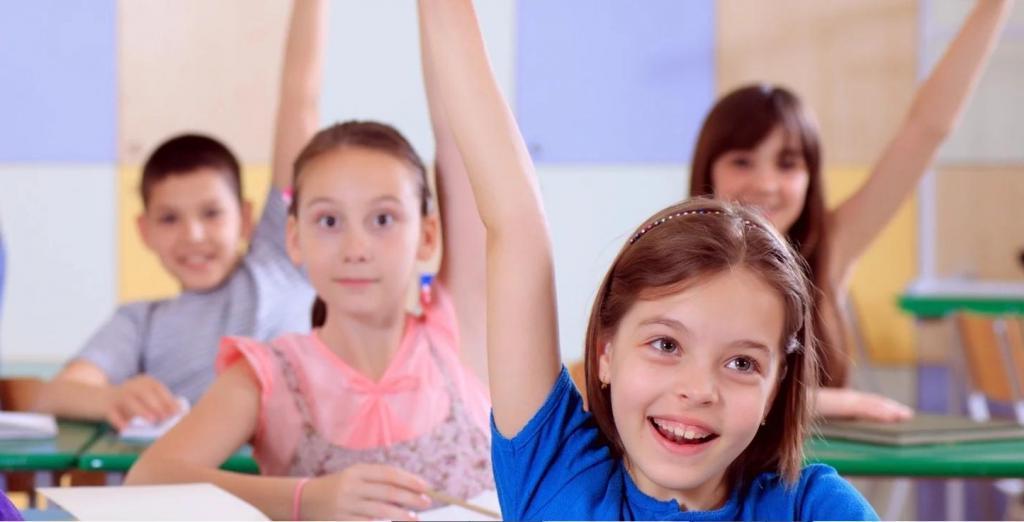 Всегда ходить на родительские собрания: как родители могут помочь ребенку преуспеть в школе