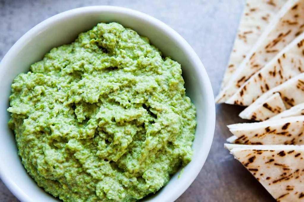 Хумус, намазка из авокадо с орехами, бабагануш: рецепты не только вкусных, но и полезных для фигуры паштетов